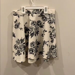 Floral a Forever 21 Skirt